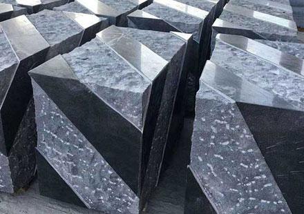海边居民喜欢的石材:G654芝麻黑