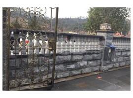 章丘黑蘑菇石围墙案例