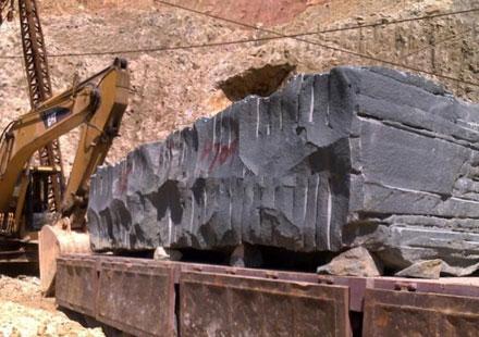 福建青石材荒料运输