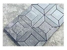 5块福建青石材拼接成正方形图案