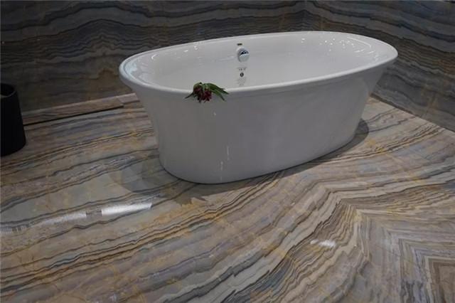2018年第十八届厦门石材展-浴缸