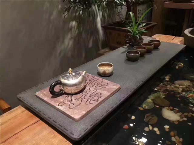 福鼎黑石材加工后的茶盘1
