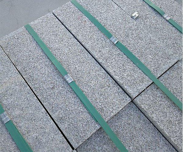 厚实的长方形章丘灰花岗岩2
