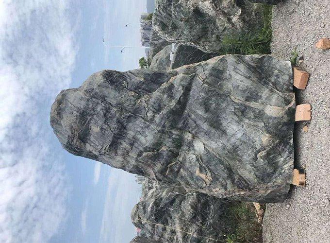巨型浪淘沙景观石4