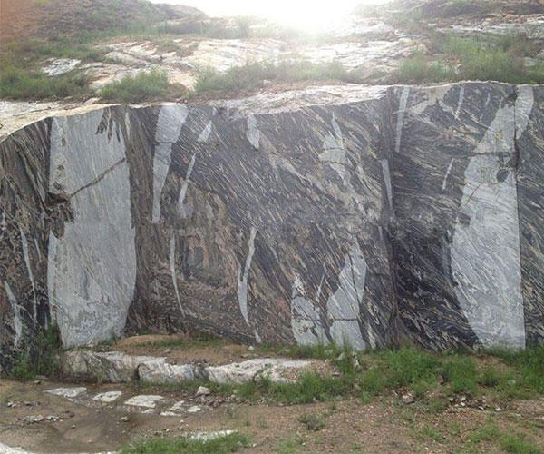 浪淘沙矿山场